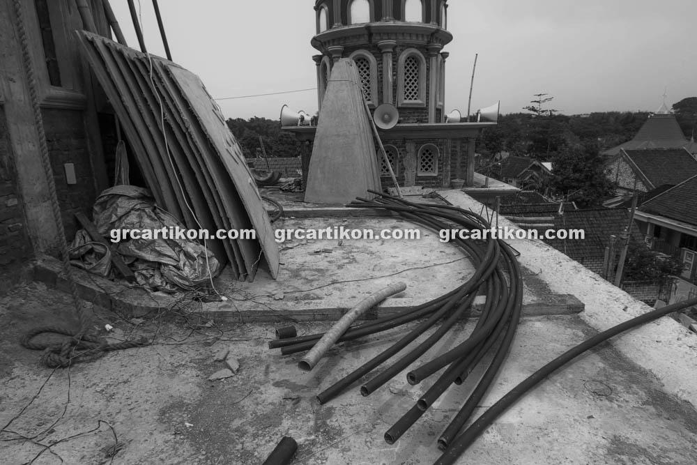 proses pemasangan GRC kubah masjid 6442