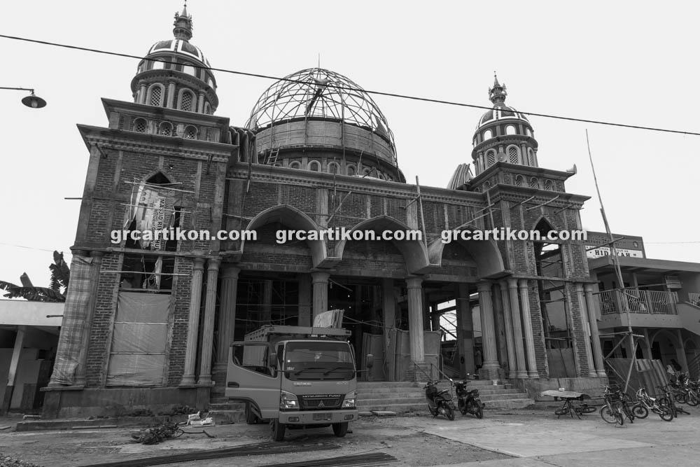 proses pemasangan GRC kubah masjid 6473