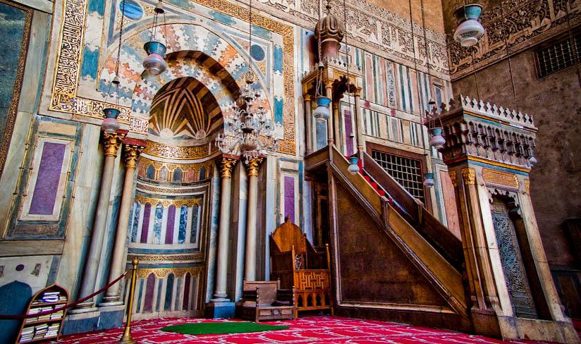 Desain Mihrab, Penting Pada Masjid